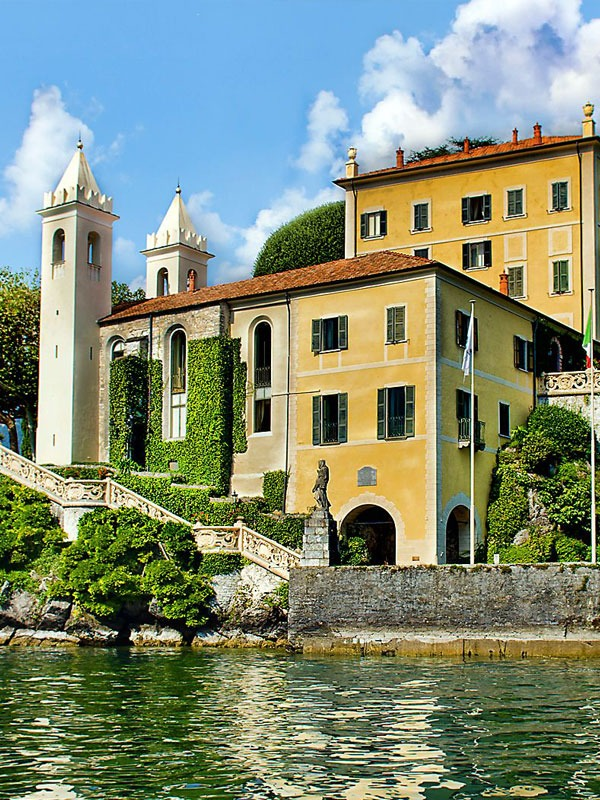 TOP 3 ISLAND DESTINATIONS IN MOVE HISTORY