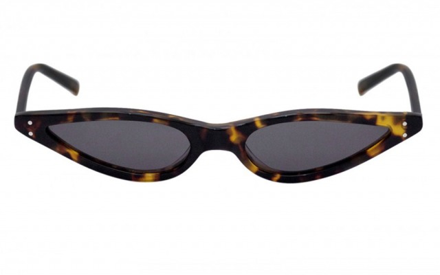 Small Tortoise Cat Eye sunglasses