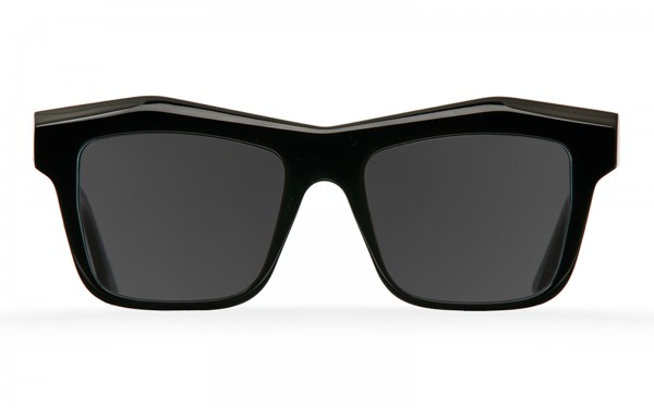 Fakfarer 19-02-11 sunglasses
