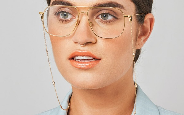 SHINE BRIGHT glasses chain in Yellow Gold
