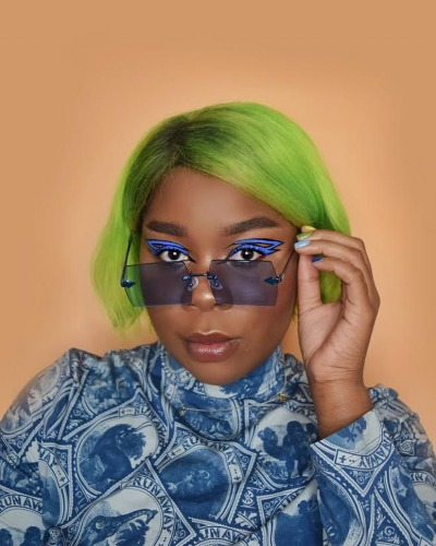 FlexMami in Karen Walker