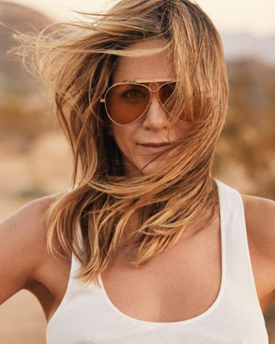 Jennifer Aniston in Jacques Marie Mage